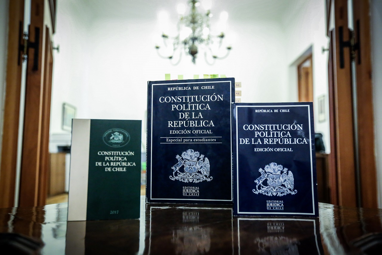Imagen representativa de la Constitución
