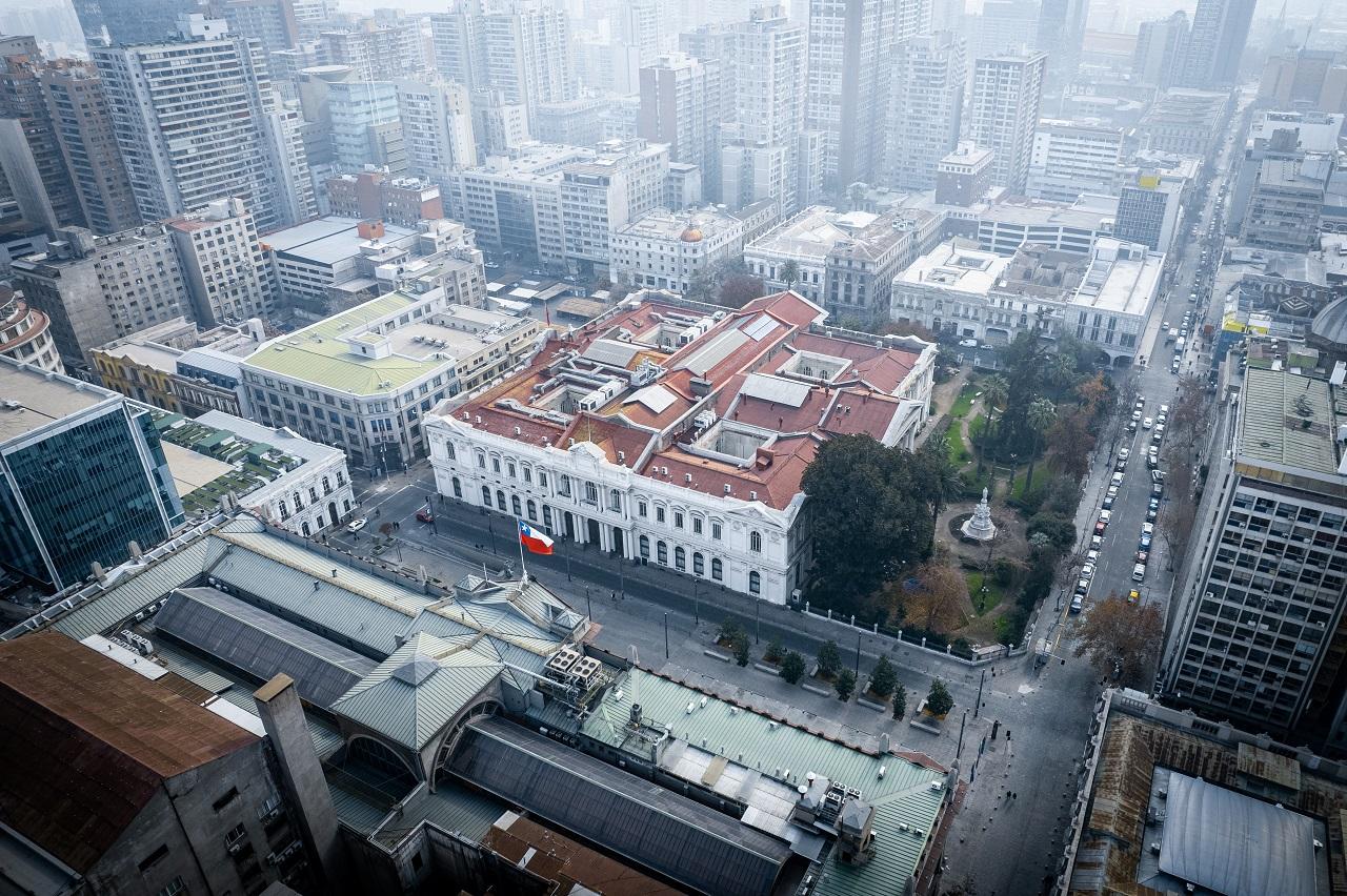 La Secretaría Administrativa informa del proceso constitucional a vecinos del sector